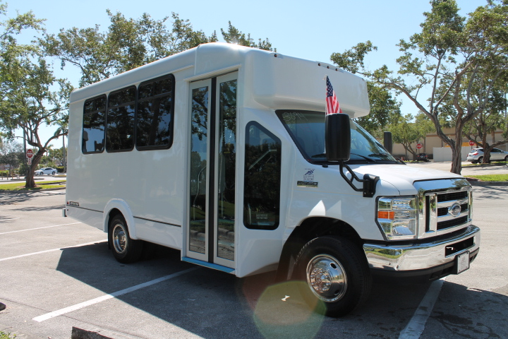 2020 ENC Ford Advantage 14 Passenger